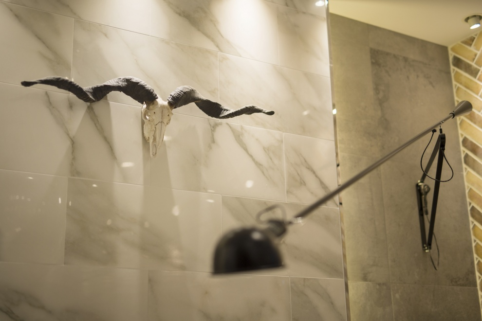 LARGO(ラルゴ)によるおしゃれな美容室(ヘアサロン)の店舗内装デザイン 大阪